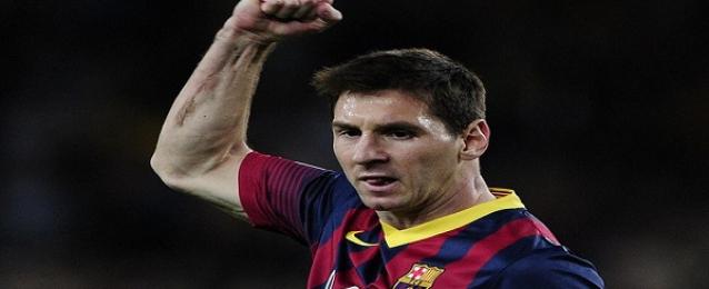 ميسي يستمر مع برشلونة بعقد جديد
