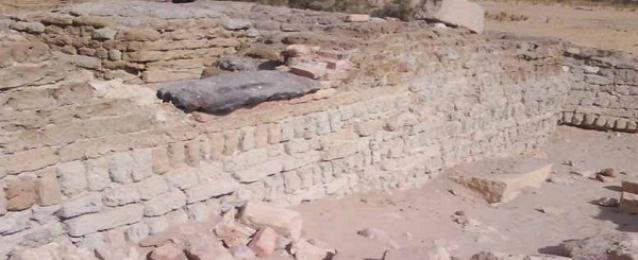 وزير الاثار ينفى صحة أكتشاف مقبرة الاسكندر الأكبر