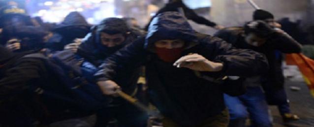 وفاة شخص ثان جرح في مواجهات بين المتظاهرين والشرطة باسطنبول