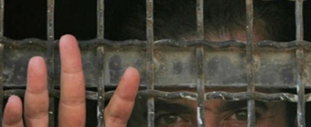 الأسرى الإداريون في سجون اسرائيل يواصلون إضرابهم لليوم العاشر