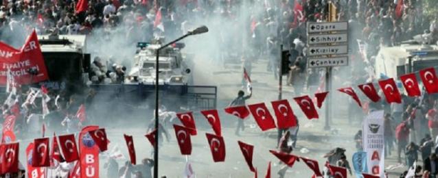 الشرطة التركية تفرق محتجين أكراد بعد 12 يوما متواصلا من الاعتصام