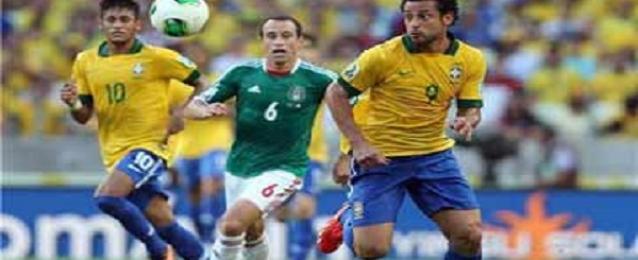 البرازيل تتربص بالكاميرون وصراع بين هولندا وتشيلى