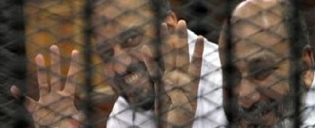 تأجيل محاكمة البلتاجي وحجازي وطبيبين إخوانيين لاتخاذ إجراءات رد المحكمة