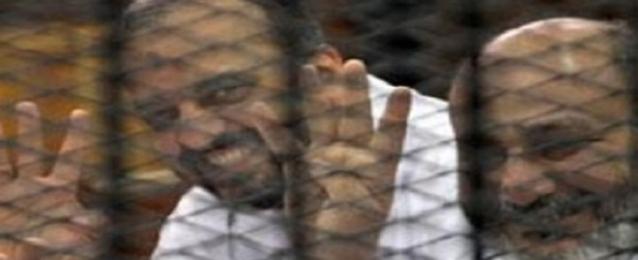 وقف محاكمة البلتاجي وحجازي بتعذيب ضابط رابعة للفصل في الرد