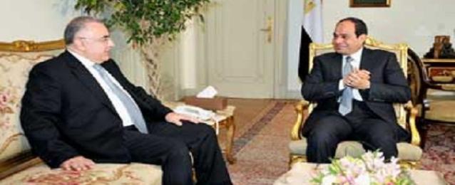السيسى يستعرض مع هشام رامز السياسة النقدية وسبل زيادة الاحتياطى
