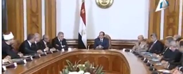 في أول اجتماع للرئيس بالحكومة الجديدة.. السيسى للوزراء: لا مكان للأيدي المرتعشة وعليكم إعادة هيبة الدولة