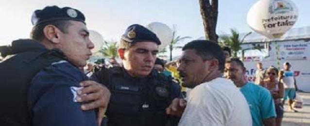 الشرطة البرازيلية تفرق متظاهرين يهددون المونديال فى مدينة ساو باولو