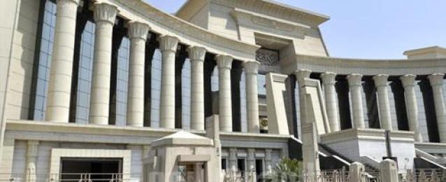 """""""القضاء الإدارى"""" تحيل دعوى عدم دستورية قانون التظاهر للمحكمة الدستورية العليا"""
