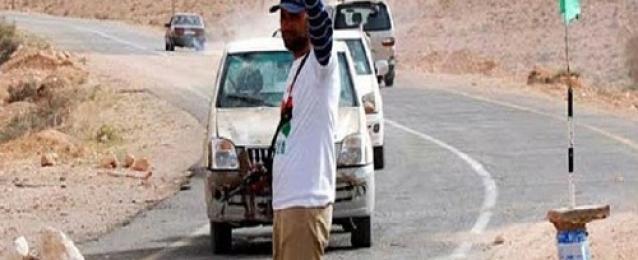 المخابرت الحربية بمطروح تنهي احتجاز 50 شاحنة مصرية شرق أجدابيا الليبية