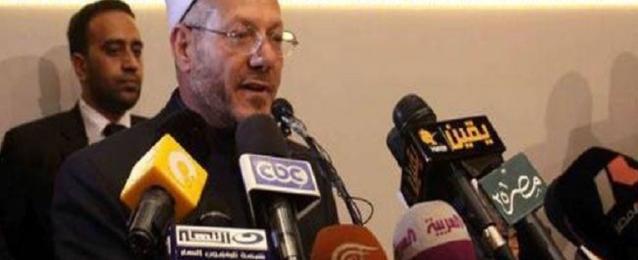 المفتى يؤكد دعمه الكامل لقانون قصر ممارسة الخطابة على اﻷزهريين