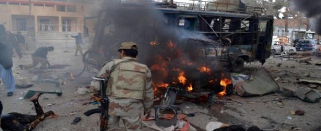 الجيش الباكستاني: 30 قتيلاً مسلحاً في هجمات جوية على مخابئ قبلية