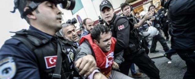"""العفو الدولية: الحكومة التركية """"أكثر قمعا من أي وقت"""" ضد المتظاهرين"""