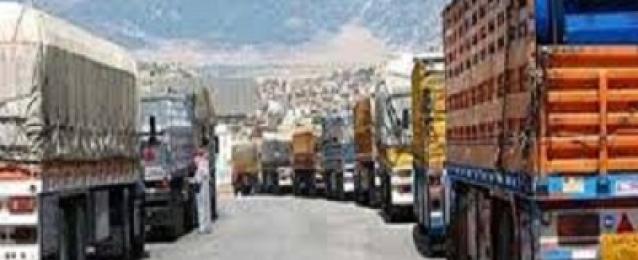 المخابرت الحربية بمطروح تنجح في إنهاء أزمة الشاحنات المصرية المحتجزة بليبيا
