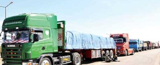 بدء وصول الشاحنات المصرية التى كانت محتجزة بليبيا