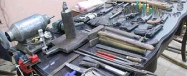 ضبط 20 قنبلة و273 قطعة سلاح خلال 24 ساعة بمختلف المحافظات