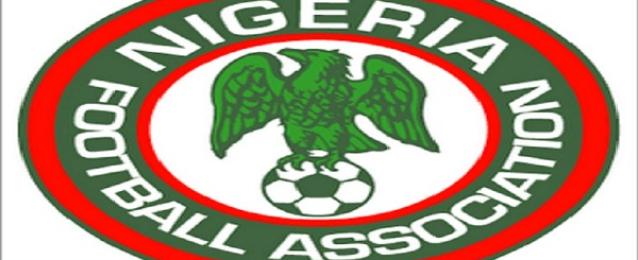 لاعبو منتخب نيجيريا يطلبون مكافآت الظهور في المونديال