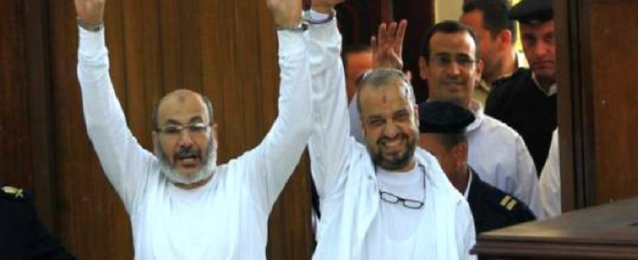 استئناف محاكمة البلتاجى وحجازى اليوم بتهمة تعذيب شرطيين برابعة