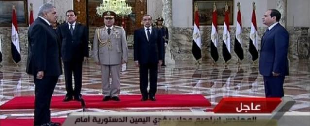 بالفيديو : حكومة محلب تؤدي اليمين الدستورية أمام الرئيس السيسي