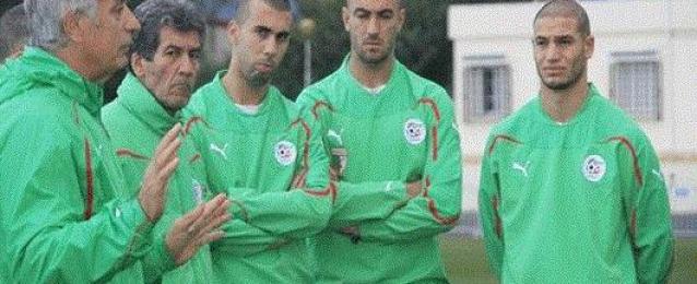 مدرب الجزائر يطلب من اللاعبين الافطار يوم مواجهة المانيا