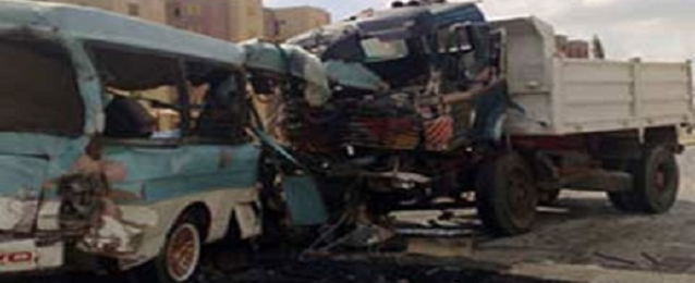 مصرع شخص وإصابة 12 في حادث تصادم بالمنيا