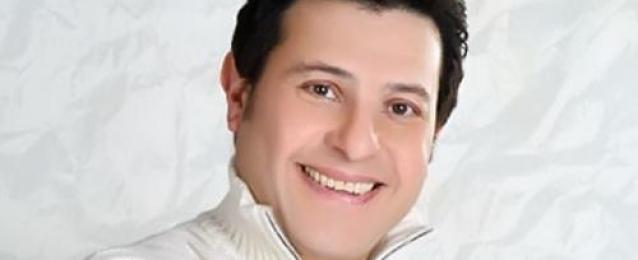 """هاني شاكر لـ """"راديو مصر"""":أنا بخير ولم أجر جراحة العمود الفقري.. وأحضر بروفات حفلي الليلة"""