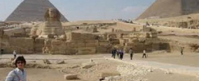 وزيرا السياحة والآثار يتفقدان أعمال التطوير بمنطقة الأهرامات