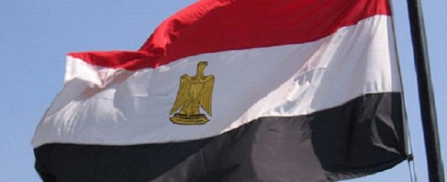 وزير التنمية المحلية: وضع علم مصر على جميع المصالح الحكومية والشركات الخاصة