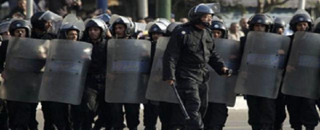 الأمن يغلق التحرير ورابعة والنهضة تحسبا لاى مظاهرات الإخوان