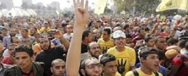 الأمن يفرق مسيرة للإخوان بعد صلاة العيد بالهرم