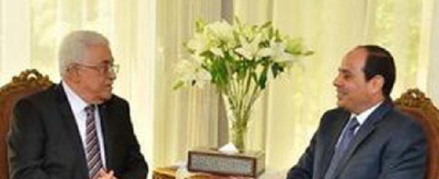 السيسى يبحث مع ابو مازن مستجدات الأوضاع بالاراضى الفلسطينية