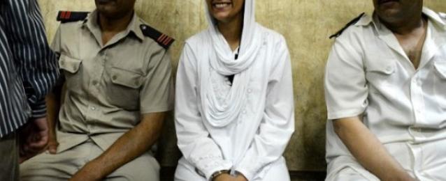 تأجيل محاكمة ماهينور المصري وآخرون باقتحام قسم الرمل إلي 13 أكتوبر