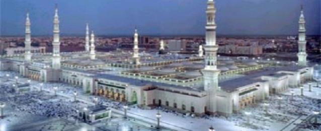 ترجمة خطبة عيد الفطر المبارك بالمسجد النبوى لأربع لغات
