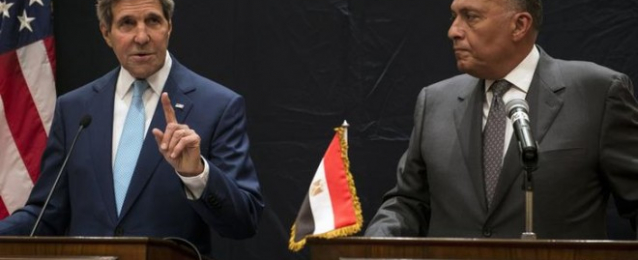 وزير الخارجية يلتقي كيري ويؤكد عدم تعديل المبادرة المصرية