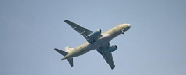 الجزائر تقرر غلق ممرات جوية امام مرور طائرات النقل الليبية