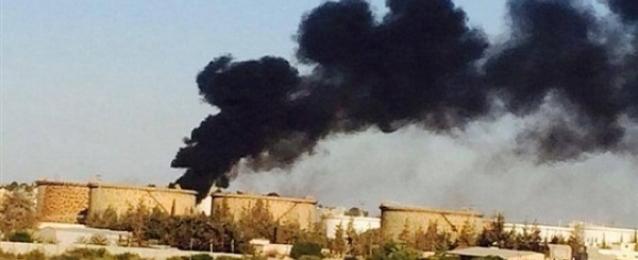 ليبيا تطلب مساعدة دولية لإخماد حريق هائل بمستودعات للنفط والغاز في طرابلس