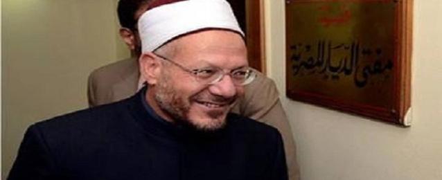 مفتى الجمهورية يطالب المسلمين بالاستمرار في فضائل رمضان