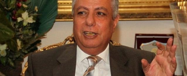 """وزير التعليم: إضافة """"أبناء مصابي الثورة"""" إلى الفئات المعفاة من الرسوم الدراسية"""