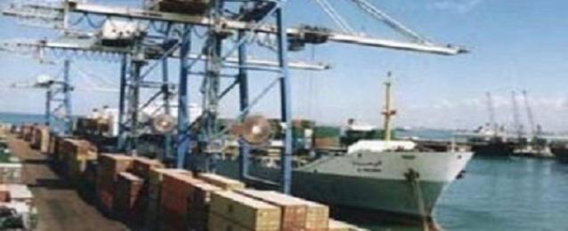 وصول 52 الفا و497 طن حديد و6 ألاف طن بوتاجاز لموانىء السويس
