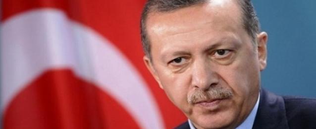 اعتقال عشرات من ضباط الشرطة التركية بسبب واقعة التنصت