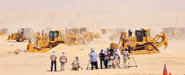 القوات المسلحة: حفر 13.6 مليون متر مكعب من قناة السويس الجديدة