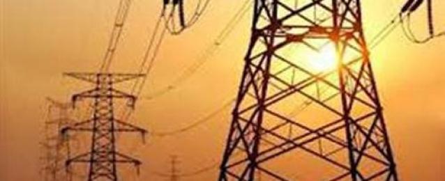 شركات الكهرباء تتسلم أسماء 1200عامل ينتمون للإخوان