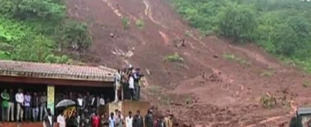 ارتفاع حصيلة ضحايا انهيار أرضي غرب الهند إلى 90 قتيلا