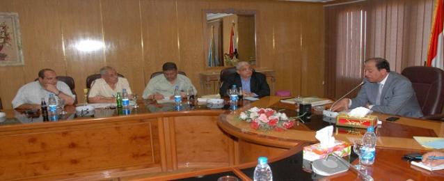 حماد :اجراءات رادعه وقرارات فورية للحد من تلويث مياه النيل بأسيوط