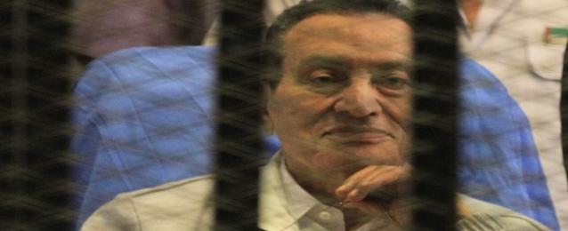 """صدى البلد: 72 قناة نقلت محاكمة مبارك والجزيرة """"سرقت"""" إشارة البث"""