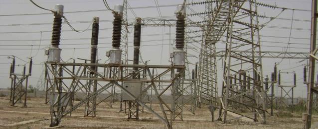 وزير الكهرباء يتفقد محطة كهرباء العين السخنة.. ويعلن بدء تشغيلها الشهر المقبل