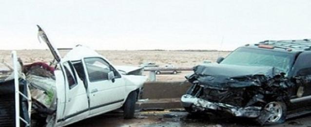 مصرع وإصابة 8 أشخاص في تصادم سيارتين على طريق مطروح – الإسكندرية