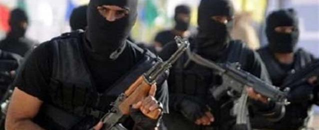 ناشطون سوريون:مسلحون يسيطرون على مطار الطبقة العسكري بالرقة