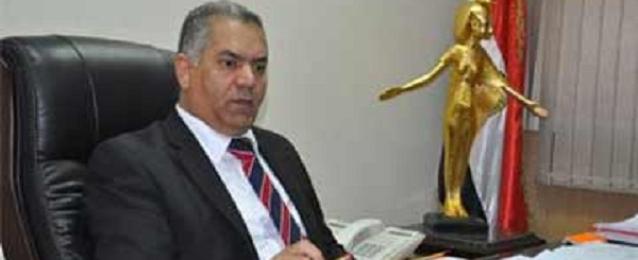 وزير الآثار: حرص الوزارة علي تطوير الاداء للعاملين بها