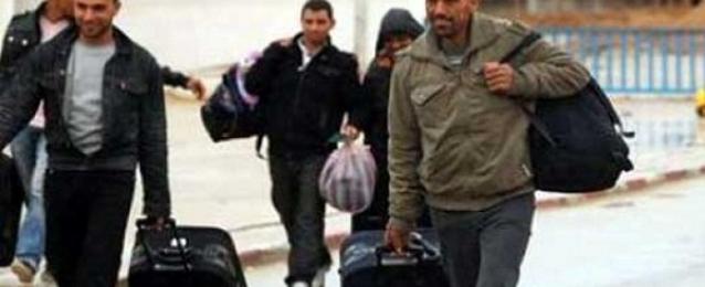 وصول 520 مصريًا من العائدين من ليبيا