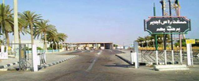 وكالة تونس إفريقيا: أمن ليبيا قتل مصريين اثنين عند معبر حدودي